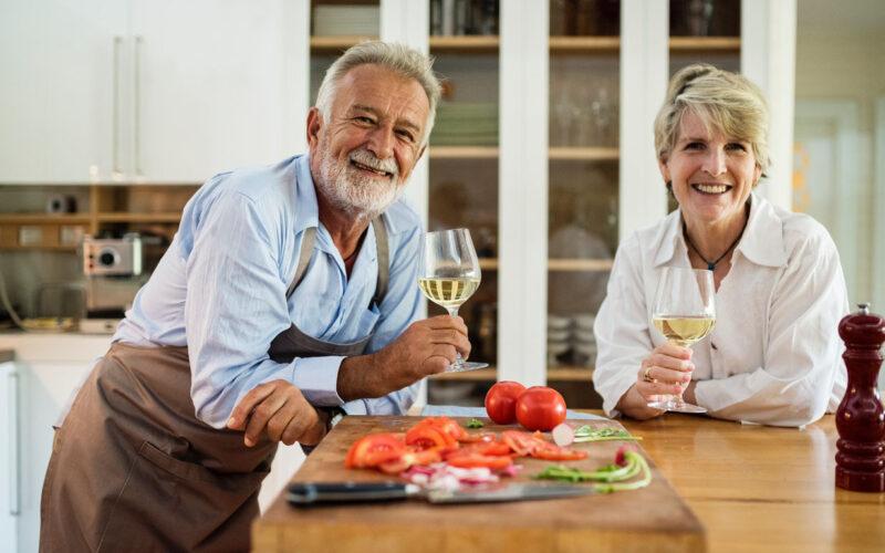 Invierte en personas mayores y gana